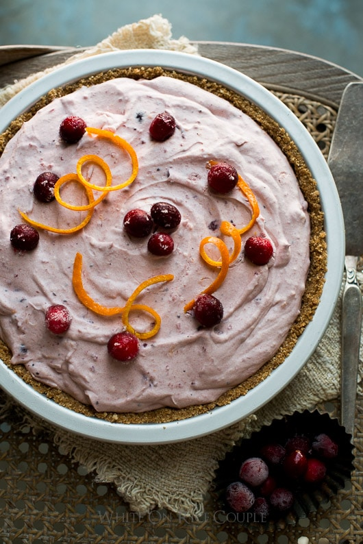 No-Bake-Fluffy-Cranberry-Cream-Cheese-Pie