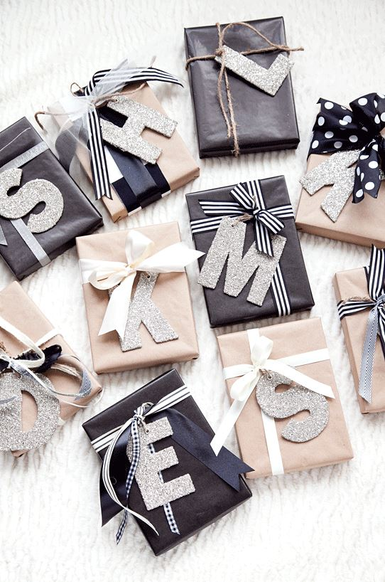 initials-gift-wrapping