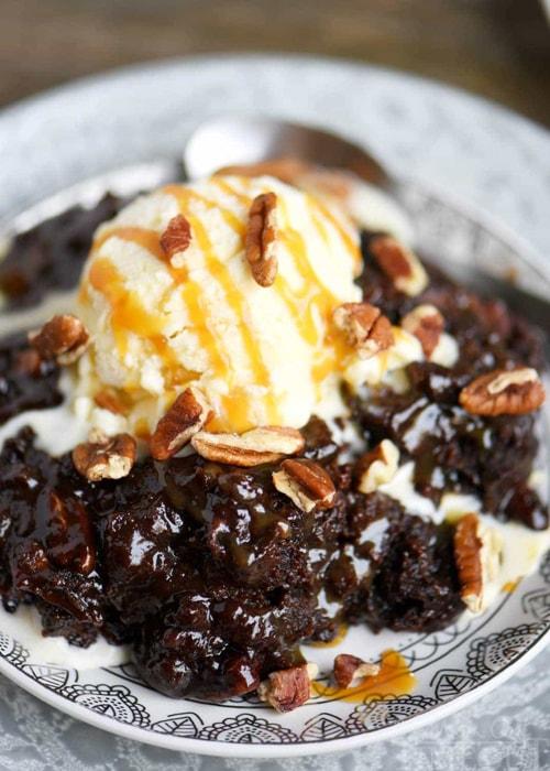 Easy Slow Cooker Desserts - Hot Fudge Turtle Brownies