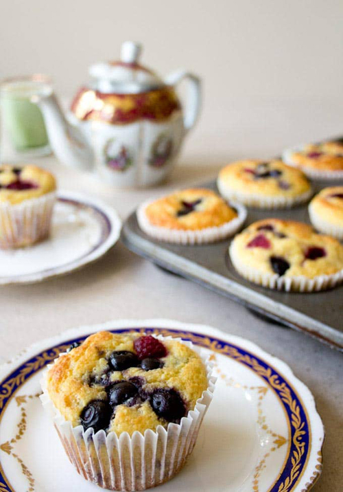 Low Carb Diet Recipes - Grab & Go Blueberry Muffins