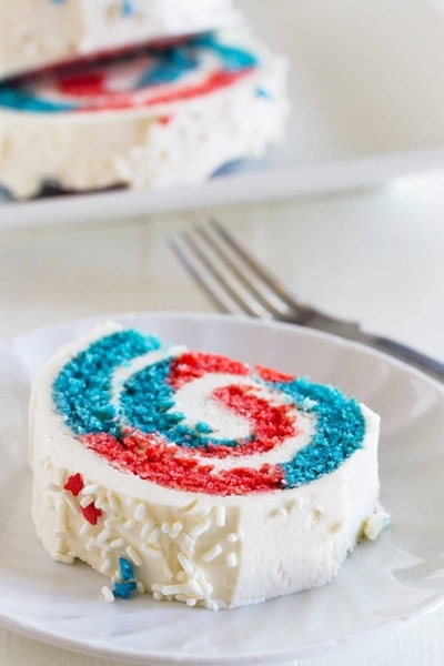 4th of July Desserts - Patriotic Cake Roll