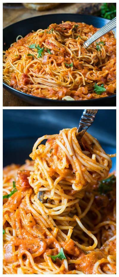 25 Pasta Recipes: Spicy Tomato Cream Pasta