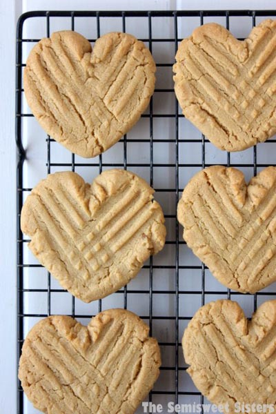 40 Valentine's Day Cookies: Heart Shaped Peanut Butter Cookies