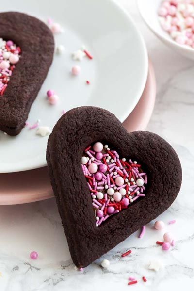40 Valentine's Day Cookies: Valentine's Day Chocolate Sugar Cookies