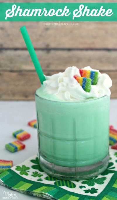 50 St. Patrick's Day Desserts: Hausgemachte Shamrock Shake Rezept
