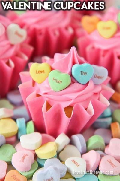 30 Valentines Day Cupcakes: Valentine Cupcakes